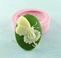 Молд силиконовый камея Бабочка на цветке 40х30 мм (1 шт)