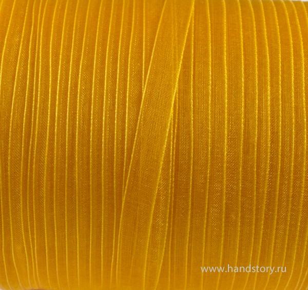 Золотисто желтый цвет